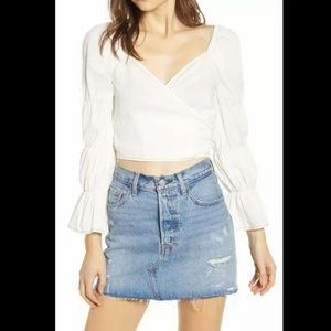 Moon River Tiered White Crop Top Size S Small
